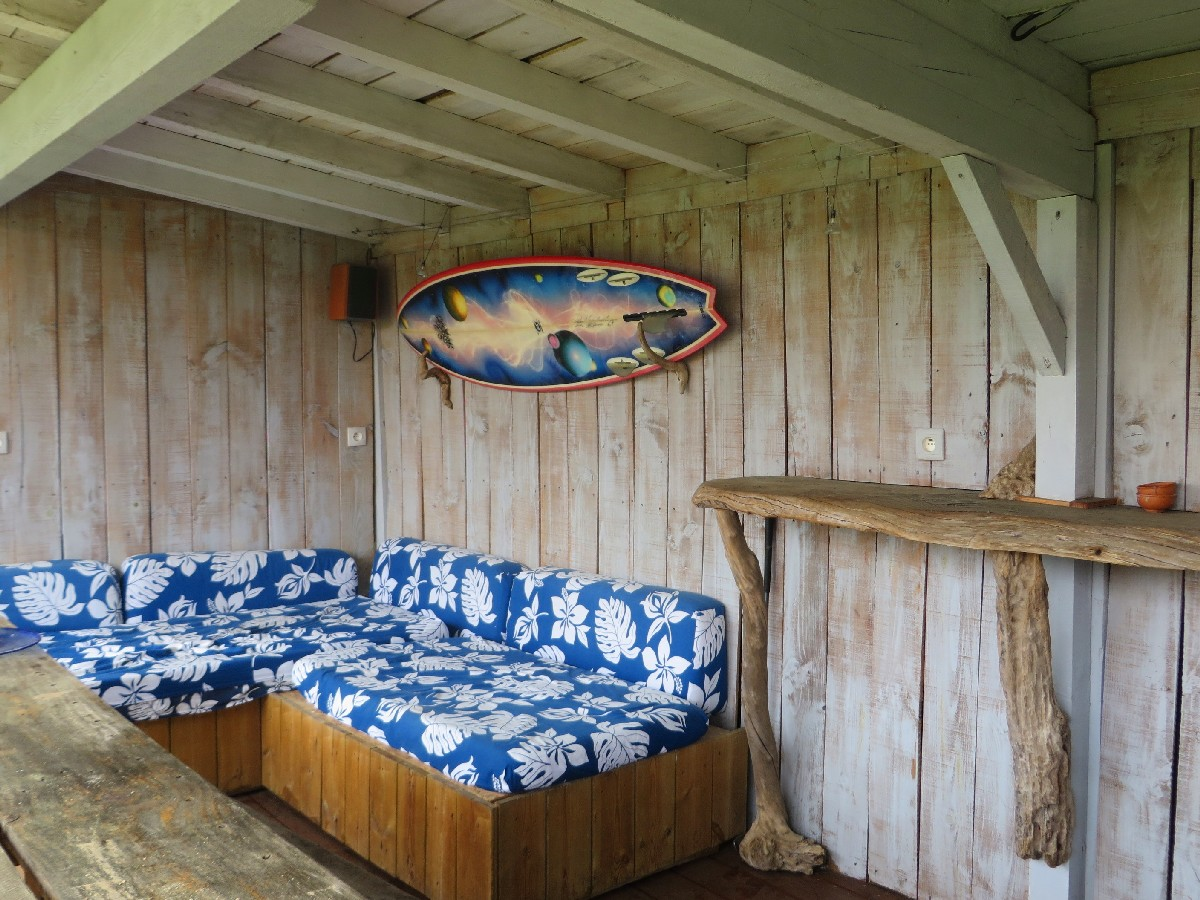 Surf Camp Natural Surf Lodge